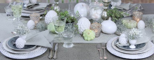 Herbstliche TIschdeko mit bügelfreier Tischdecke